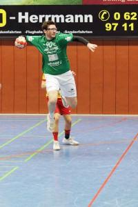 Bild, (Jutta Muck): Max Engert konnte nach seiner Verletzung erstmals wieder mitwirken und zwei Treffer für sein Team erzielen.