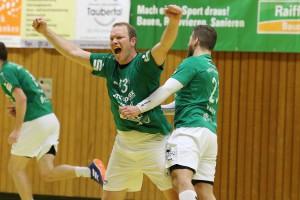 Er hat maßgeblichen Anteil am derzeitigen Erfolg der HSG, Kreisläufer Steffen Gärtner, hier in Jubelpose.