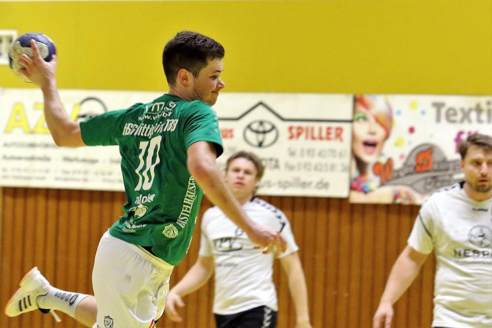 Bild, Jutta Muck: Tizian Hartmann setzt sich hier erfolgreich in Szene. Insgesamt erzielte er für sein Team drei Treffer.