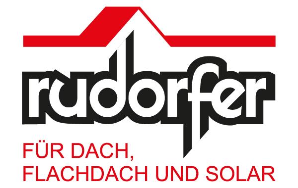 Rudorfer - Bereits in der 3. Generation ist das Familienunternehmen Dach Rudorfer auf Dacheindeckung in allen Varianten spezialisiert. Am Steildach, Flachdach und an der Fassade sind wir als Meisterbetrieb in der Lage, Ihren individuellen Wünschen in der Gestaltung und bei der Auswahl der Werkstoffe gerecht zu werden. Wir bieten Spenglerarbeit und Holzbau.